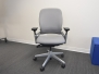 Steelcase Leap v2 - like new 38 available
